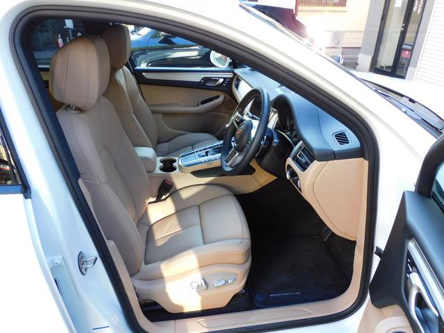 フル装備 ABS PSM SRSエアバッグ S専用18インチアルミホイール(ハイグロスブラック) エクステリアカラー同色サイドブレード ベージュレザーシート 14Wayメモリー付パワーシート