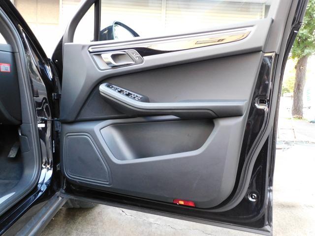 「ポルシェ」「マカン」「SUV・クロカン」「東京都」の中古車43