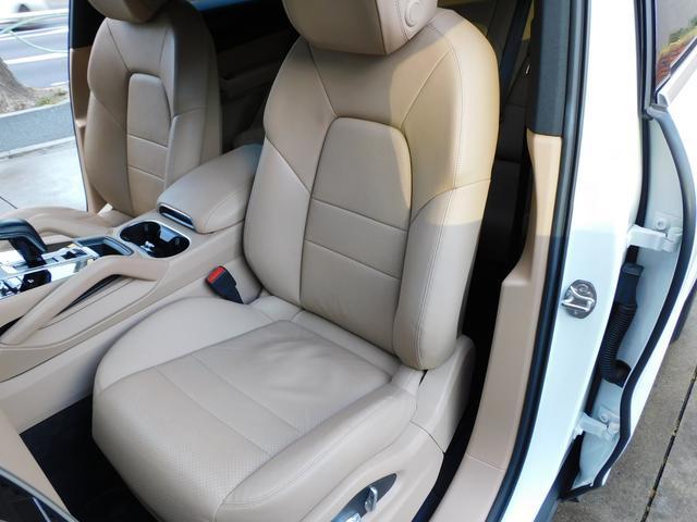 現行型 V6ツインターボ 正規D車 スポーツクロノPKG ベージュ革 シートヒーター PCMナビ(12.3インチ) サラウンドビュー&PAS ACC&LCA&LKA LEDヘッドライト エントリーD 純正21AW 禁煙 1オーナー 新車保証継承可(35枚目)