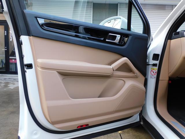 現行型 V6ツインターボ 正規D車 スポーツクロノPKG ベージュ革 シートヒーター PCMナビ(12.3インチ) サラウンドビュー&PAS ACC&LCA&LKA LEDヘッドライト エントリーD 純正21AW 禁煙 1オーナー 新車保証継承可(44枚目)