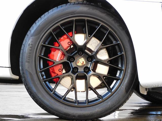 GTS スポーツクロノPKG 黒・赤ツートンインテリア シートヒーター PCMナビ PAS&サラウンドビューカメラ ACC&LCA LDW スポエグ PASM LEDヘッドライト エントリーD 純正20AW スポーツデザインミラー 禁煙 1オーナー(6枚目)