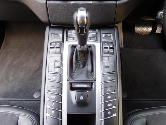 GTS 正規D車 スポーツクロノPKG 専用インテリア シートヒーター 3ゾーンAC PCMナビ 社外地デジ Bカメラ&PAS LCA&LDW クルコン スポエグ PASM エントリーD 電動Rゲート 純正20インチAW(9枚目)