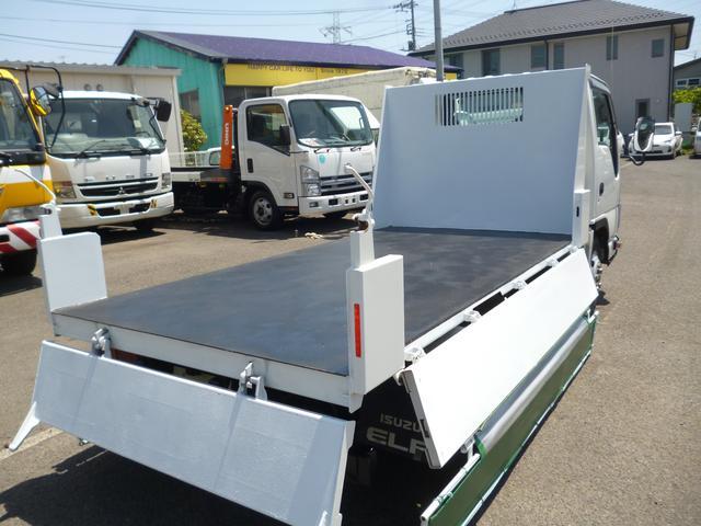 いすゞ エルフトラック 2t極東製低床強化ダンプ3Lディーゼル F5MT 型式TKG