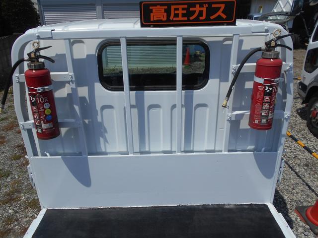 三菱ふそう キャンター 2t新明和製垂直PG 600kg型 DPD