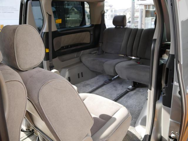トヨタ アルファードV 車中泊可リアフリップダウンモニタ両側電動スライドドア付8人乗