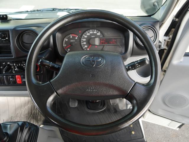 トヨタ トヨエース 4ナンバー3t平ボディNOxPM自治体条例両適合ディーゼル車
