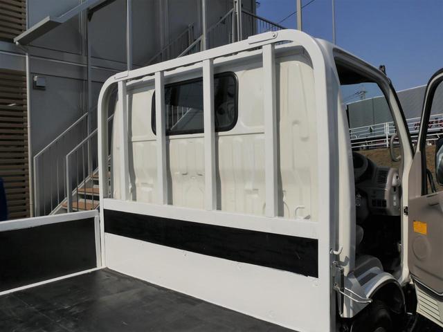 超低床2t10尺ディーゼルターボ平ボディ準中型免許5速MT車(2枚目)