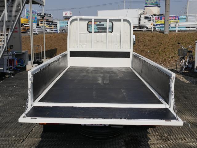 超低床2t10尺ディーゼルターボ平ボディ準中型免許5速MT車(5枚目)