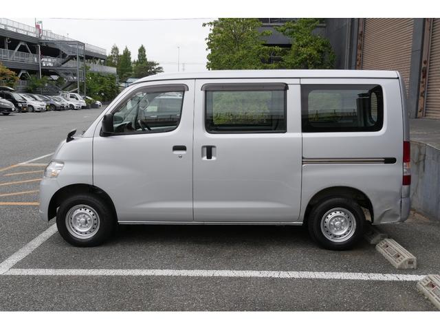 GL5人乗PW集中ドアロックETC純正ナビ付5速マニュアル車(9枚目)