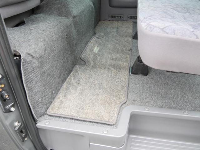 当店代車 Wエアコン付5人乗低床 オートマ車 当館代車使用中(14枚目)