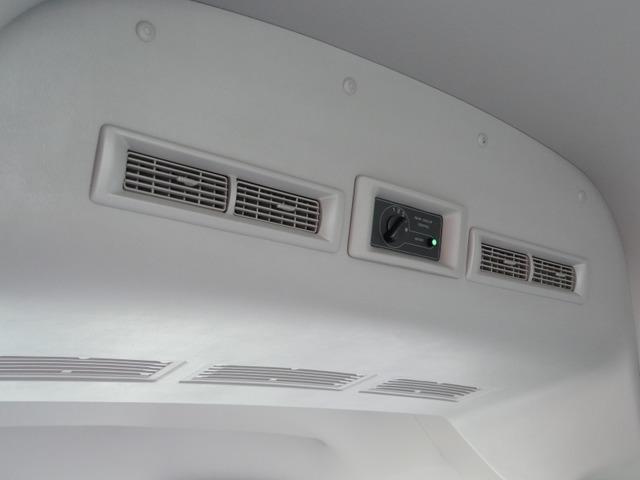 スーパーロングハイルーフ5人乗低床Wエアコン付トランポAT車(27枚目)