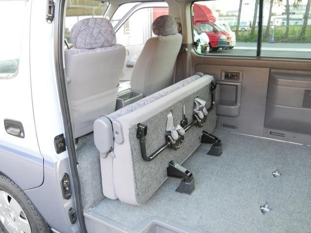 スーパーロングハイルーフ5人乗低床Wエアコン付トランポAT車(51枚目)