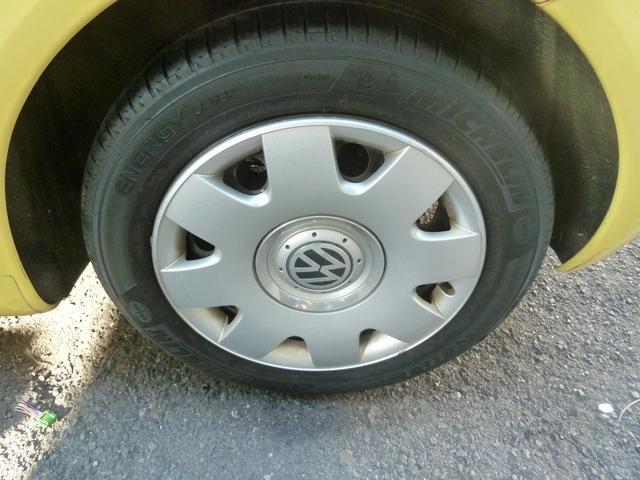 タイヤの山も有ります。