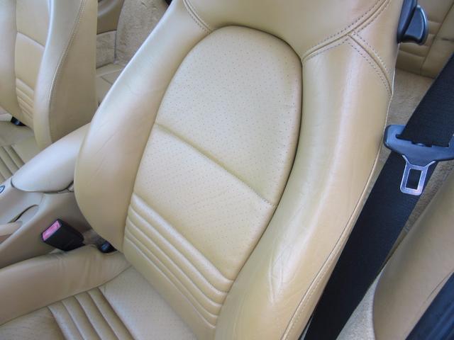 ポルシェ ポルシェ 911タルガ ティプトロニックS 1オーナー ベージュレザー