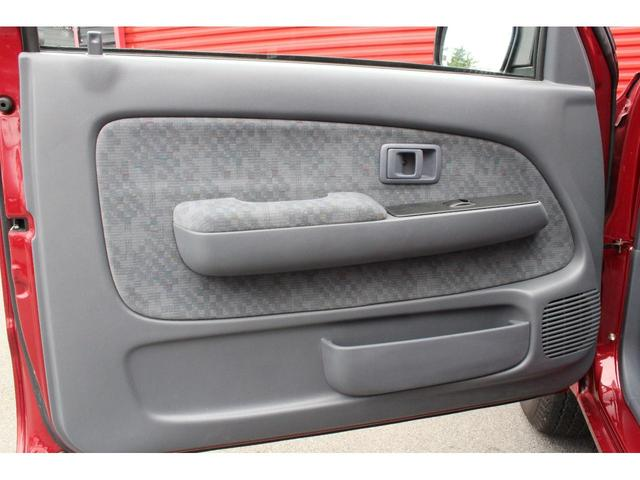 トヨタ ハイラックススポーツピック EXTキャブ リアステップバンパー ドアバイザー オリジナル