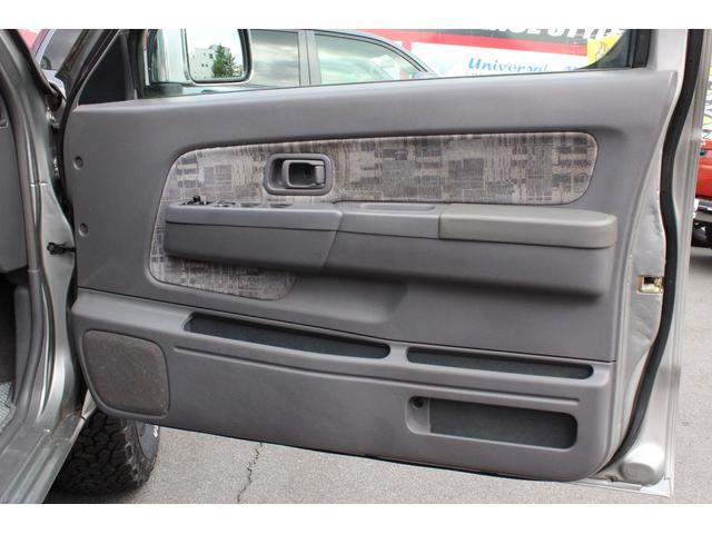 日産 ダットサンピックアップ ダブルキャブ AX ベンチシート コラムAT 新品ATタイヤ