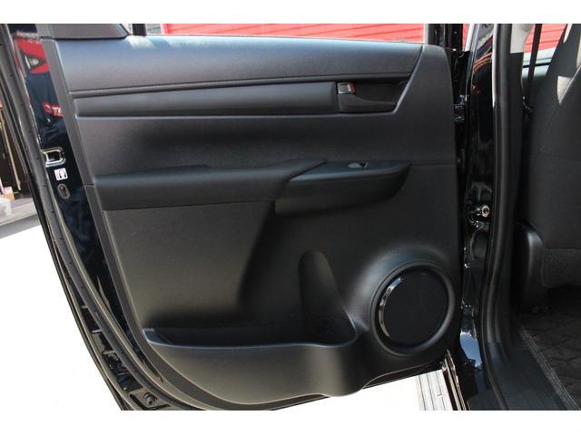 X 4WD ディーゼル KMC XD840 17インチアルミ(19枚目)