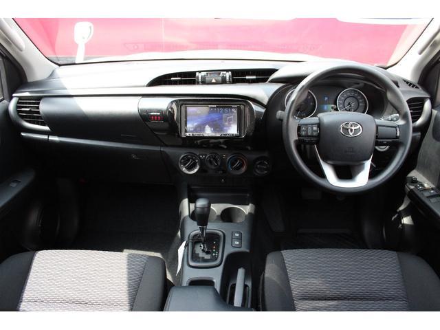 X 4WD ディーゼル ブラッドレー17AW トノカバー(4枚目)