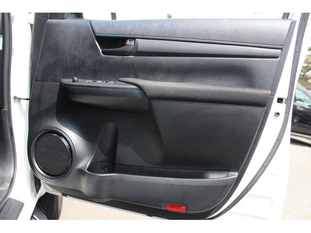 X 4WD ディーゼル ブラッドレー17AW トノカバー(15枚目)