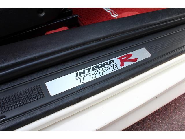 タイプR 純正レカロシート 車高調 ENKEI17インチAW momoステアリング(26枚目)