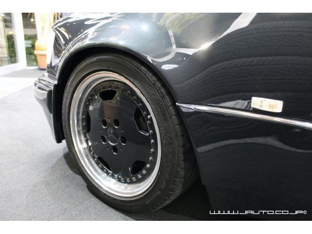 500E 整備記録簿付 黒革内装 AMG仕様 新車並行(19枚目)