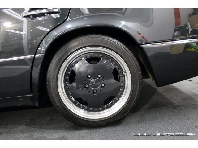 500E 整備記録簿付 黒革内装 AMG仕様 新車並行(20枚目)