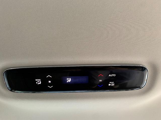 アブソルート・EXホンダセンシング 純正インターナビ・純正フリップダウンモニター・AppleCarPlay・ビルトイン2.0ETC・全周囲カメラ・サイドビュー&フロントビュカメラ・オットマン付きリアシート・LEDヘッド&フォグランプ(16枚目)