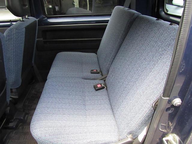 嫌な臭いもなく清潔感のある室内で快適なドライブを。