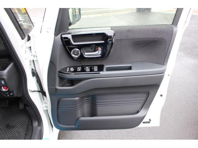 Lターボ テイン車高調・リザルタード17AW・両側自動ドア・LEDヘッドライト・無限フロントスポイラー・前後マッドガード(11枚目)