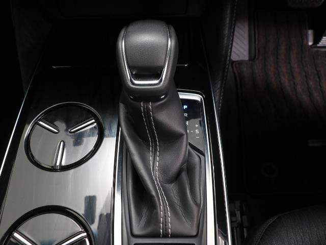 S Cパッケージ Four メモリーナビ ワンオーナー フルセグ 4WD ETC バックカメラ 衝突軽減ブレーキ(10枚目)