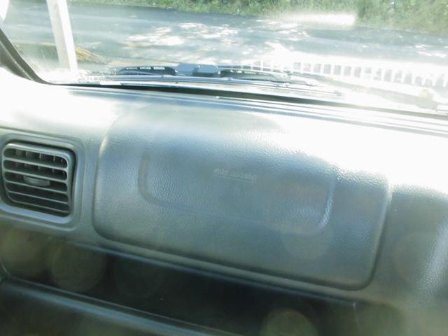 KCエアコン・パワステ ボタン切り替え4WD オートマ エアコン パワステ 運転席・助手席エアバッグ 荷台マット ゲートアッパーガード 車検令和4年8月29日迄(19枚目)