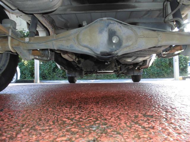 KCエアコン・パワステ ボタン切り替え4WD オートマ エアコン パワステ 運転席・助手席エアバッグ 荷台マット ゲートアッパーガード 車検令和4年8月29日迄(34枚目)