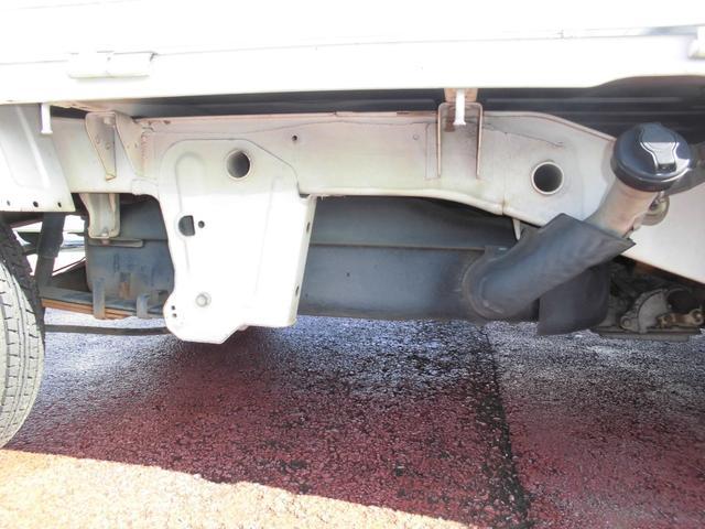 KCエアコン・パワステ ボタン切り替え4WD オートマ エアコン パワステ 運転席・助手席エアバッグ 荷台マット ゲートアッパーガード 車検令和4年8月29日迄(43枚目)