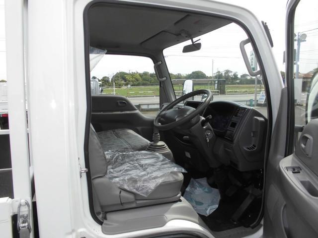 ロングワイドローDX 1.5トン Wタイヤ 左電動格納ミラー 荷台鉄板張替え済み 内外装仕上げ済み バリ山タイヤ(13枚目)