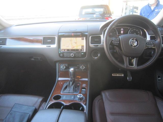 フォルクスワーゲン VW トゥアレグ V6 ブルーエモーション ナビ アラウンドビューモニター