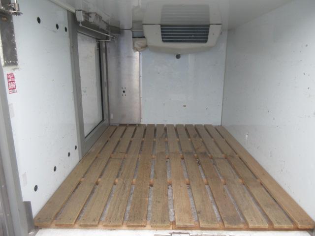 スズキ キャリイトラック 冷蔵冷凍車