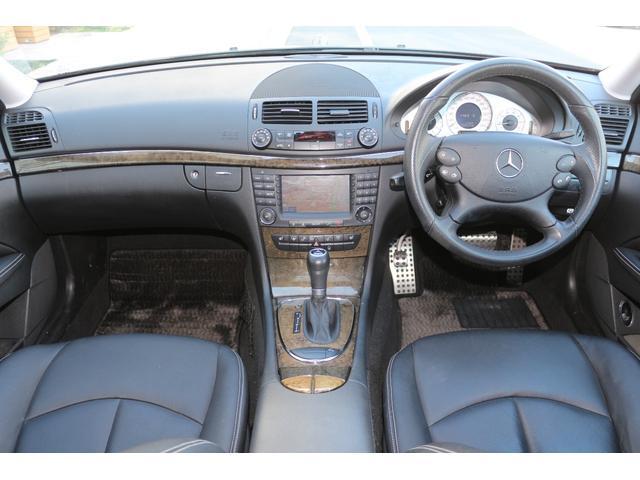 メルセデス・ベンツ M・ベンツ E300 アバンギャルドS 黒革 AMG サンル-フ 最終型