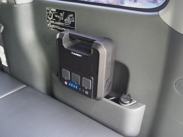 カスタムターボRS 車中泊 軽キャンピング仕様 蓄電池(3枚目)