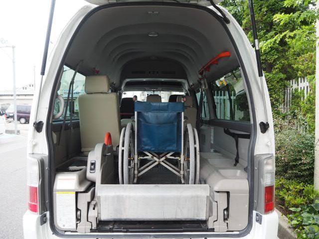 チェアキャブ 福祉車両 車椅子2名+8名乗 リヤー電動リフト(11枚目)