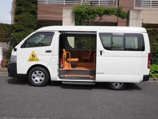 幼児バス 園児バス スクールバス 普通免許 大人2人幼児12人乗り オートステップ 非常口(18枚目)
