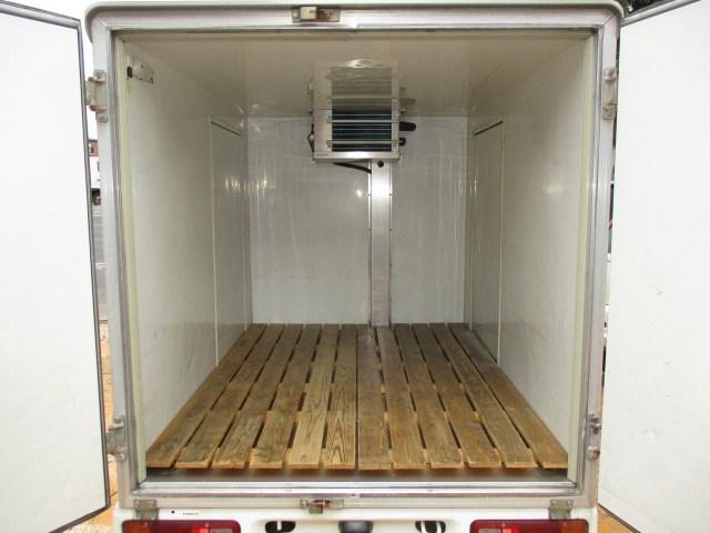 冷蔵冷凍車 -5℃表示 4WD 両開き(4枚目)