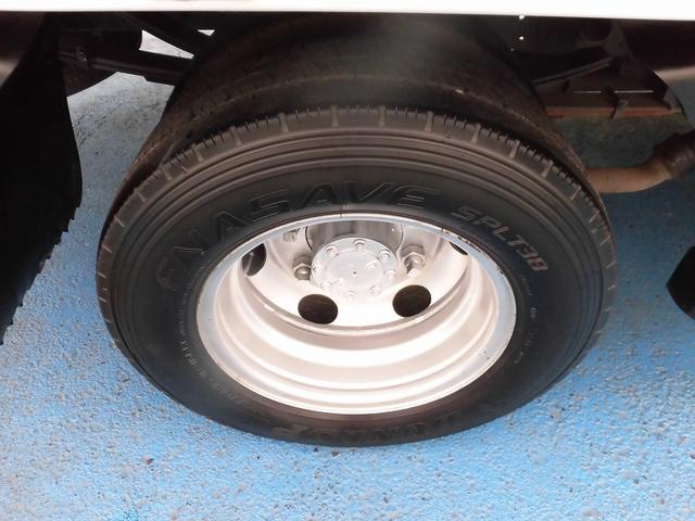 いすゞ エルフトラック 3.0tロングフルフラットロー