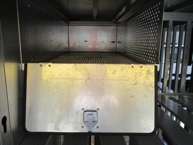 2.95tセミロングフルジャストローボトルカー(13枚目)