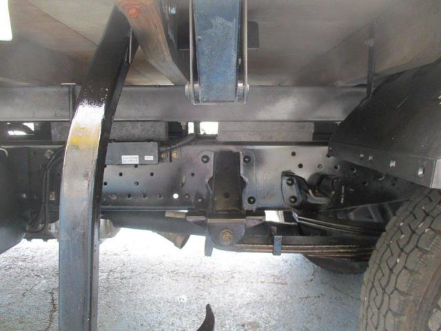 3.0tセミロング 高床 垂直PG600kg カスタム 木製荷台 床 鳥居下部鉄板張 オートAC CD(29枚目)