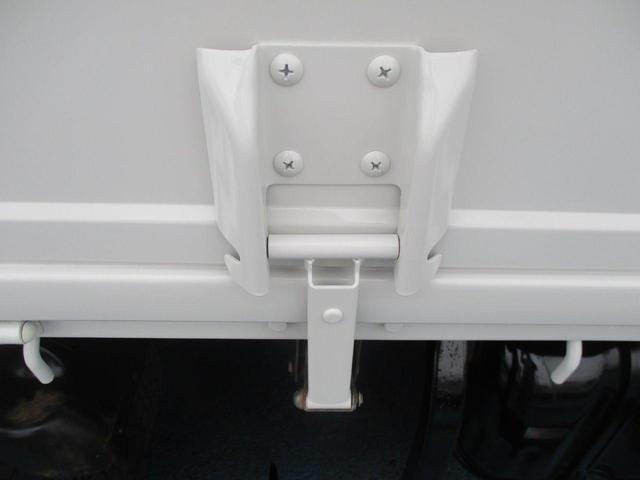 3.0tセミロング 高床 垂直PG600kg カスタム 木製荷台 床 鳥居下部鉄板張 オートAC CD(30枚目)