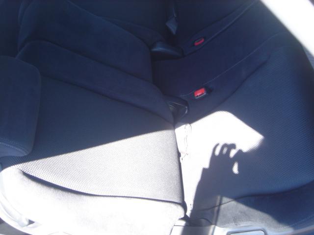 RSZ特別仕様車 HDDナビエディション HDDナビ・Rカメラ・HID・ETC・純正AW・無限グリル・無限バイザー・ステアリングスイッチ・革巻きステアリング・パドルシフト・ミュージックサーバー・記録簿・ワンオーナー車(45枚目)