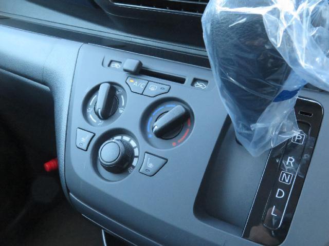 M 届出済未使用車 LEDライト 衝突軽減B 車線逸脱警報S(11枚目)