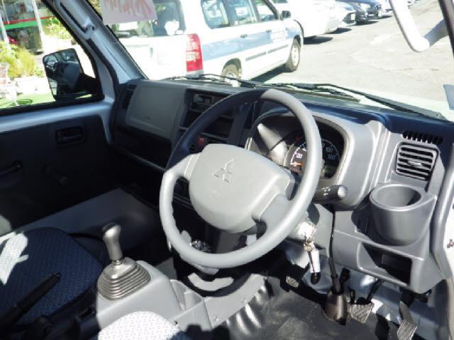 4WDミノリ 届出済未使用車 パワステ エアコン 4WD(3枚目)