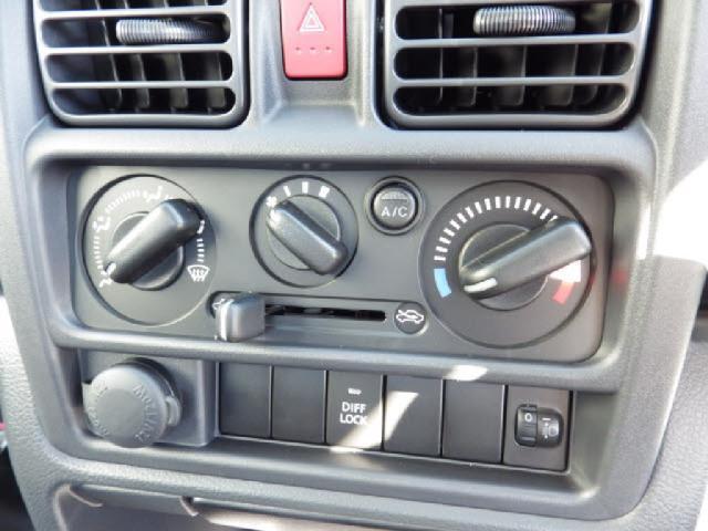 4WDミノリ 届出済未使用車 パワステ エアコン 4WD(14枚目)