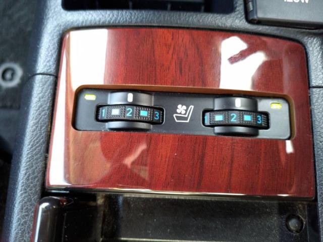 HS250h バージョンI 本革S禁煙12セグHDDナビBカメLEDライトETCキーフリ(19枚目)